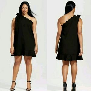 Black Dress fron Victoria Beckham Plus Size 2X